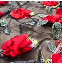 3D tüll csipke – Fekete alapon piros virággal