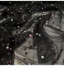 Lágy tüll – Fekete színben, színes gyöngyökkel díszítve