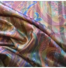 Pamut szatén – Absztrakt mintával, bordó árnyalatban