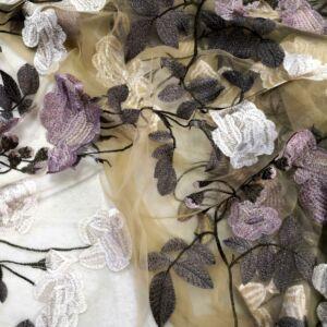 Tüll csipke – Mustár alapon nagyméretű virág mintával