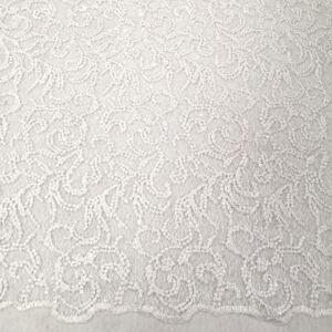 Csipke – Indázó mintával, bordűrrel, fehér színben