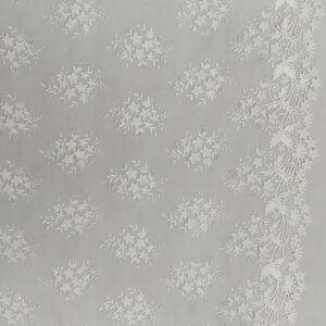 Csipke – Bordűrös, 3D-s virág mintás csipke, fehér színben (BIANKA)