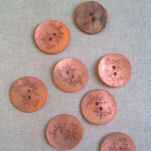 Kagyló gomb – Narancssárga színű porcelán bevonattal, Bottega