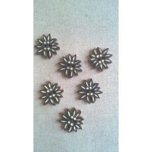 Fa gomb – Sötébarna virág alakú, 32-es