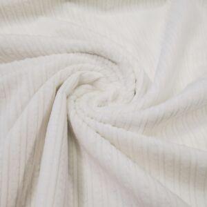 Kordbársony – Fehér színben széles bordázattal