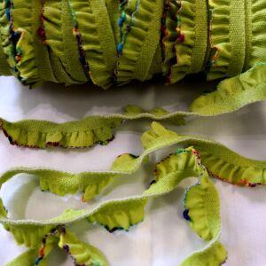 Gumiszalag – Fodros szélgumi zöld színben, 18mm