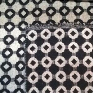 Kétoldalú pamutszövet – Fekete-fehér rombusz mintával