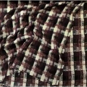 Gyapjú szövet – Bordó kockás mintával