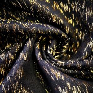 Brokát – Arany színű szállal átszőve