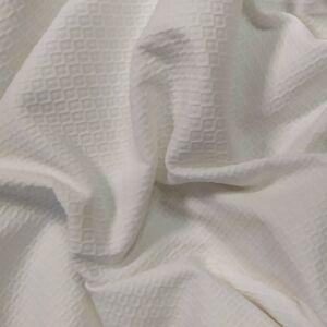 Pamutszövet –  Fehér alapon rombusz mintával