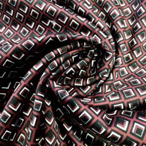 Pamutszatén – Fekete rombuszos mintával