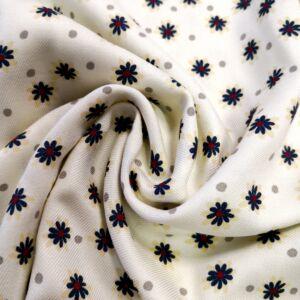 Viszkóz szövet – Vajszínű alapon kis virágos mintával