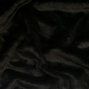 Műszőrme – Fekete színben, rövid szőrű