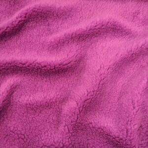 Műszőrme – Lila színben, rövid szőrű
