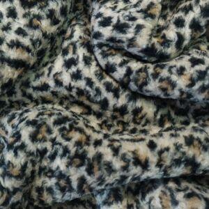 Műszőrme – Fehér alapon, leopárd mintával