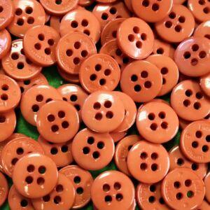 Inggomb – Narancssárga színben, négylyukú, 13mm