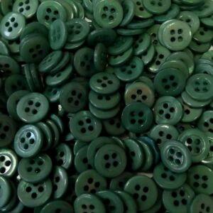 Inggomb – Zöld színben, négylyukú, 12mm