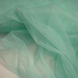 Lágy tüll – Menta zöld színben, extra széles