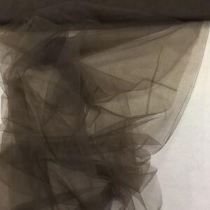Lágy tüll – Sötétbarna színben, extra széles
