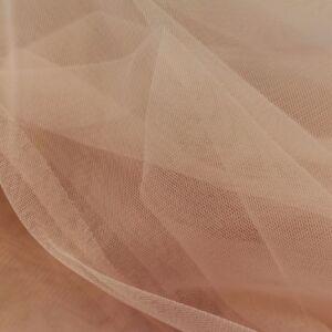 Lágy tüll – Púder színben, extra széles