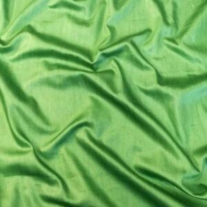 Pamut szatén – Élénk zöld színben