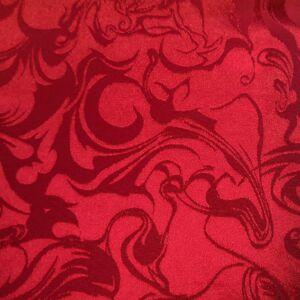 Jacquard – Absztrakt mintával, bordó színben
