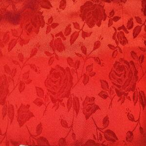 Szatén jacquard – Nagyméretű rózsa mintával, piros színben