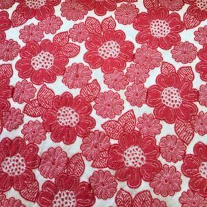 Jacquard – Vajszínű és piros virágmintával, kétoldalas