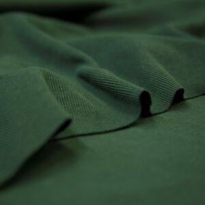 Passzé anyag – Körkötött, sötétzöld színben