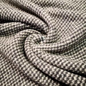 Kötött kelme – Szürke színű pepita mintával