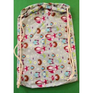 Összehúzható ovis hátizsák – Róka, sün és bagoly mintával