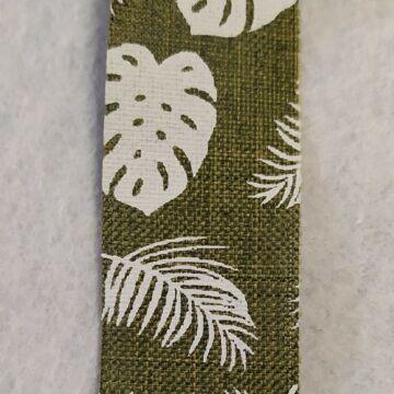 Szalag – Zöld alapon levél minták (446162), 25mm