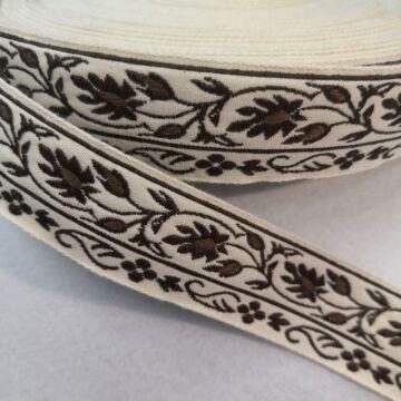 Hímzett szalag – Vajszínű alapon barna levél mintával, 3cm