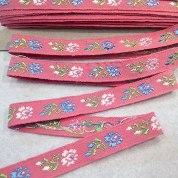 Hímzett szalag – Rózsaszín alapon kék-fehér margaréta mintával, 1,5cm