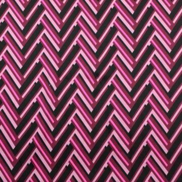 Selyem – Rózsaszín cikk-cakkos mintával