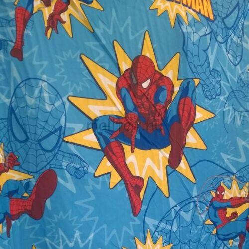 Walt Disney – Pókember mintával