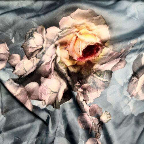 Poliészter selyem – Kék alapon rózsa mintával, digital print