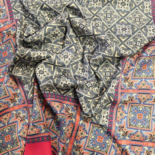 Poliészter selyem – Török stílusú mintával