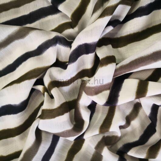 Batiszt – Fehér alapon fekete és barna csíkos mintával