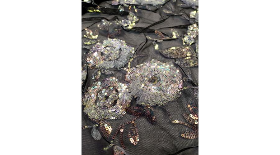 Tüll csipke – Fekete alapon színátmenetes flitteres mintával 3dc42a3874