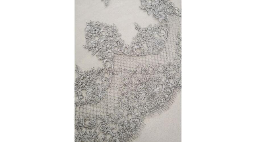 dd105435dd Tüll csipke – Világosszürke színű hímzett mintával, bordűrös