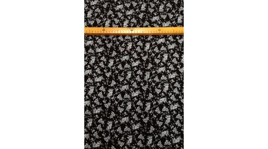 Viszkóz selyem – Fekete-fehér apró virágos mintával 8a896683bf